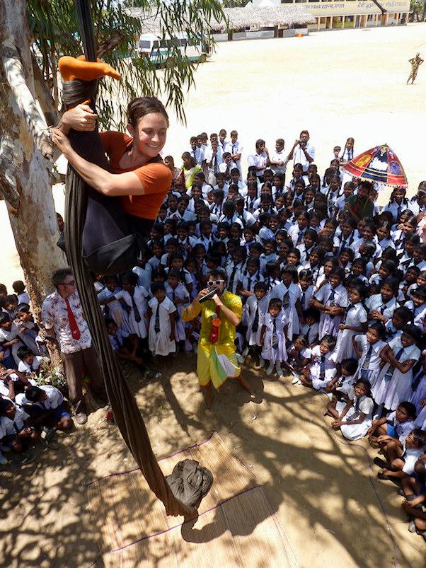 Sri Lanka, tamilit, lapset yleisönä   Matthieu Siefridt   kulkuri.org