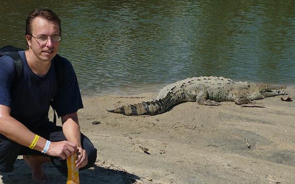 Esa vähän turhan lähellä krokotiilia | Matkablogi.fi | Kulkuri.org