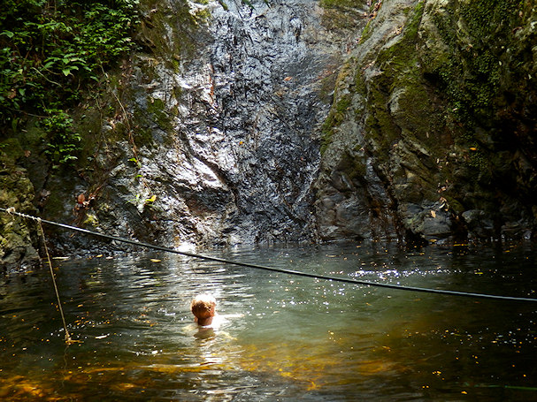 Uinti vesiputouksella kruunaa vaelluksen | kulkuri.org