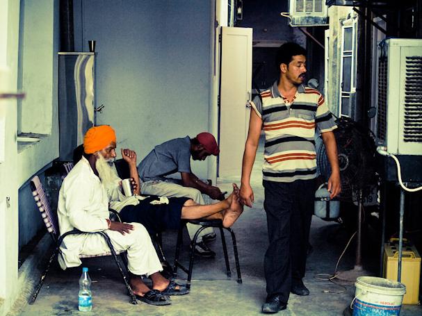 Amritsar, Punjab, Intia - tuk-tuk -kuskeja ja muuta väkeä | Sebastian Buchner | kulkuri.org