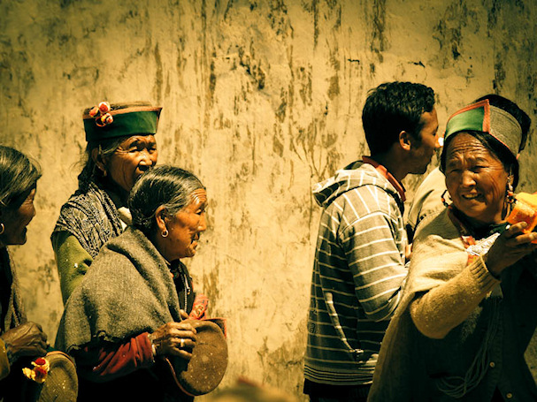 Vanhoja intialaisia mummoja, Leo Kinnaur, Himachal Pradesh | Sebastian Buchner | kulkuri.org