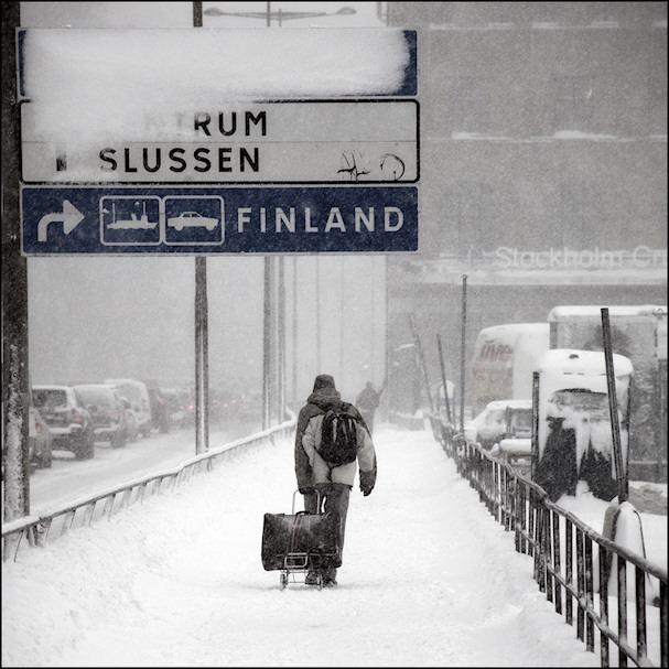 Matkalaukku ja Suomen kesä | flickr *Kicki* | kulkuri.org