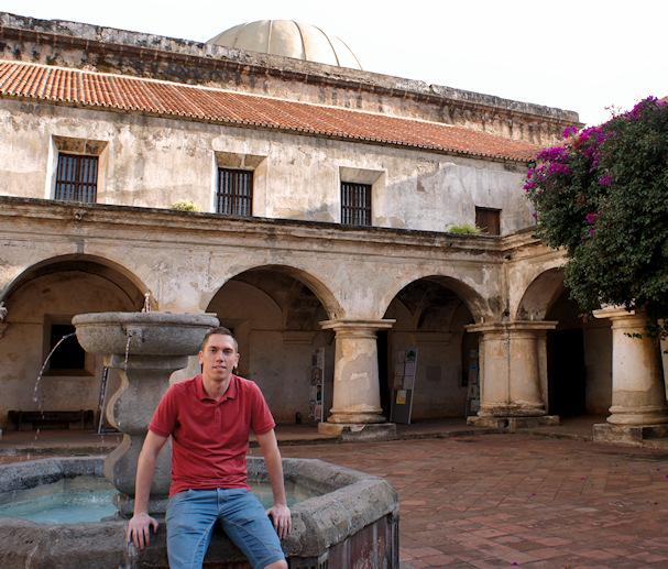 Mads rentoutuu jossain päin Latinalaista Amerikkaa | Mads Larsen | kulkuri.org