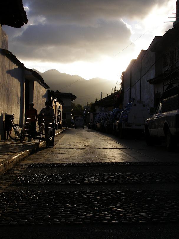 San Cristobal de Las Casas, Chiapas, Meksiko; katunäkymä | (CC) Lorena Pajares | kulkuri.org