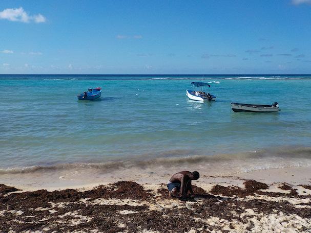 Barbadoslaisia kalastajia Karibian turkooseilla vesillä | Maria Paldanius | kulkuri.org