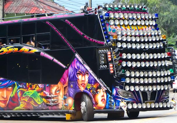 Pimpattu linja-auto | public domain | kulkuri.org