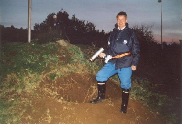 Haavisto entisen Jugoslavian alueella, Kosovossa, vuonna 2000  - (c) Pekka Haavisto - Kulkuri.org