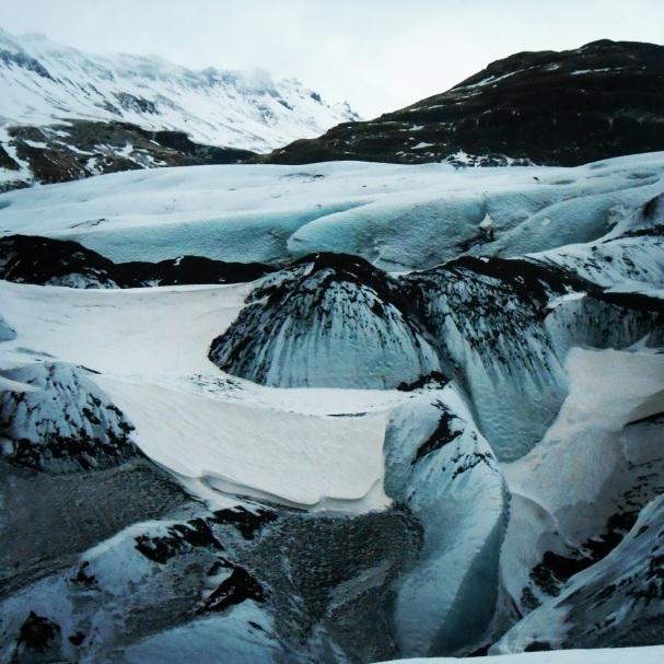 Islannin maisemia, lunta ja kuun pintaa - Maaria Päivinen - Kulkuri.org