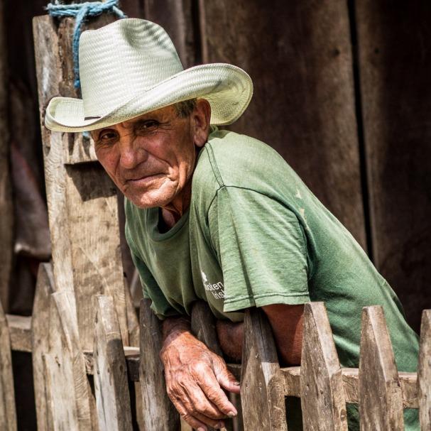 Nicaragualainen ukko ja tyylikäs hattu - (CC) Adam Cohn - kulkuri.org