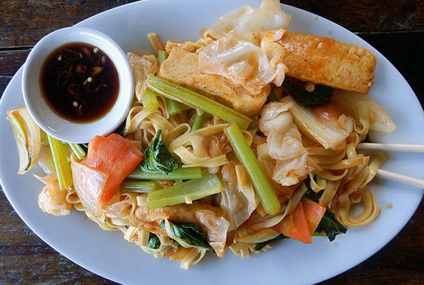 Kaakkois-Aasian ruokakulttuuri on maailmankuulu - Maija Kauhanen